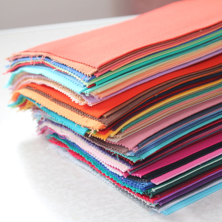 Stapel Farbtücher für Stilberatung