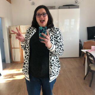 ❤️ für mich neue Jacke.  To me, this is a new jacket. #secondhandfashion #farbberatunghamburg #stilberatungfürfrauen #stilberatunghamburg #heybeautiful #happyfashion #bestyou #capsulewardrobe